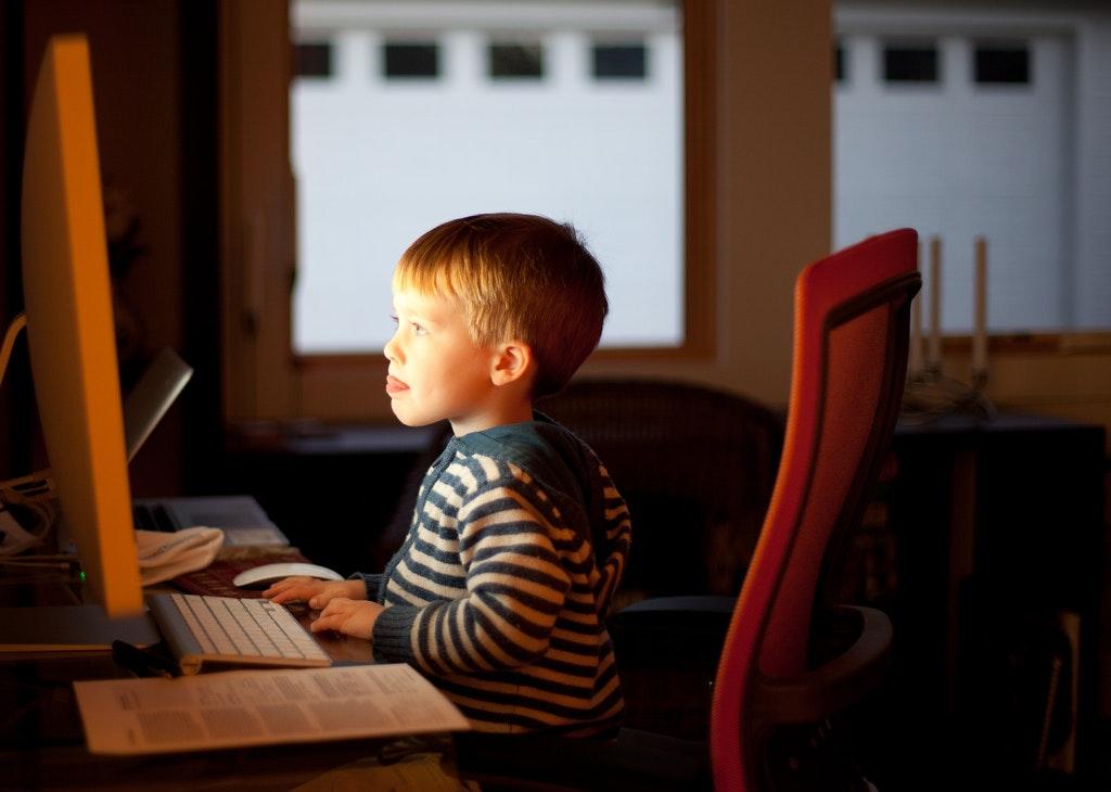 Teaching Kids To Code: Five Helpful Resources For Tutors