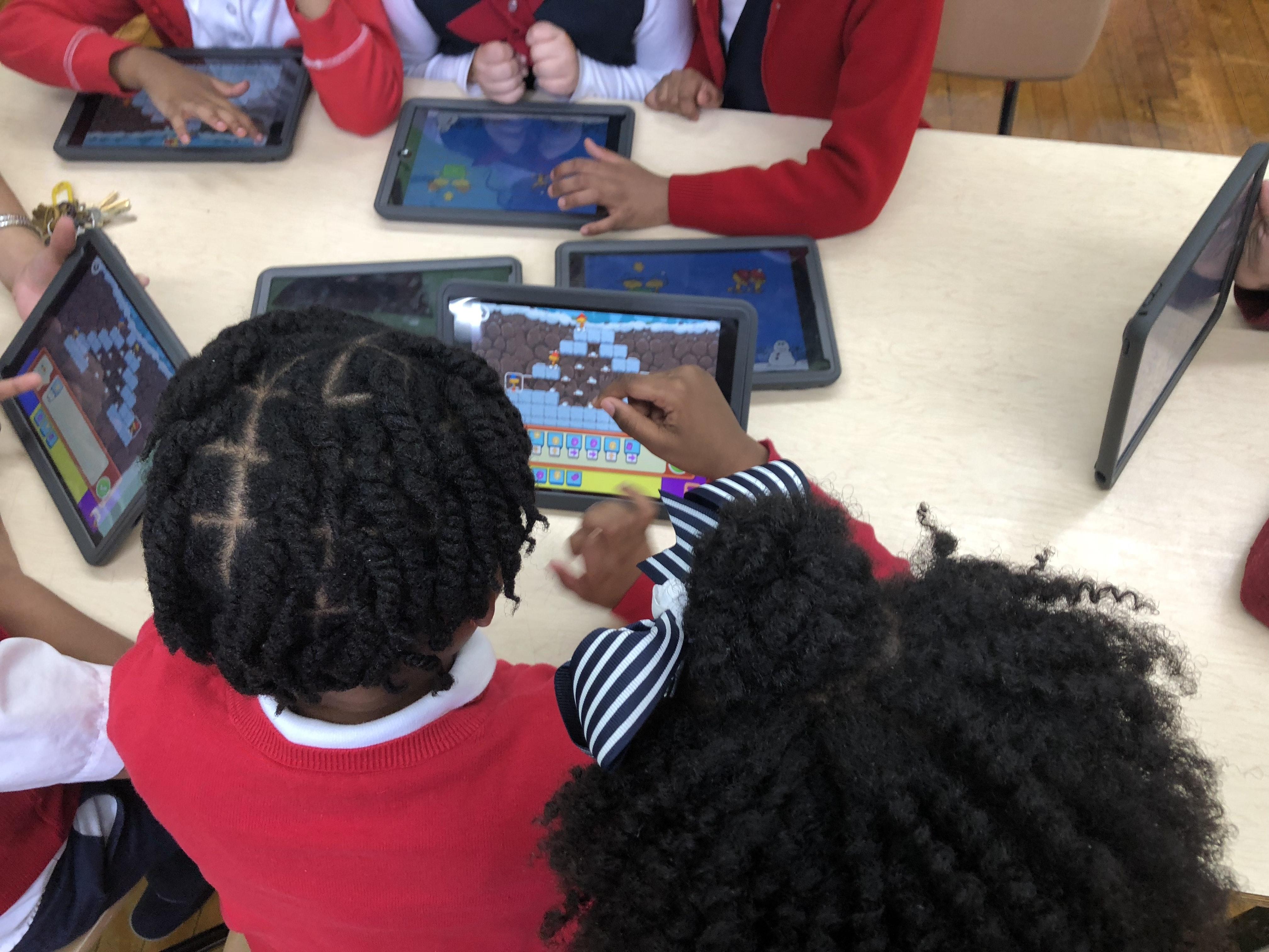 Screens off: Teaching Kids To Code